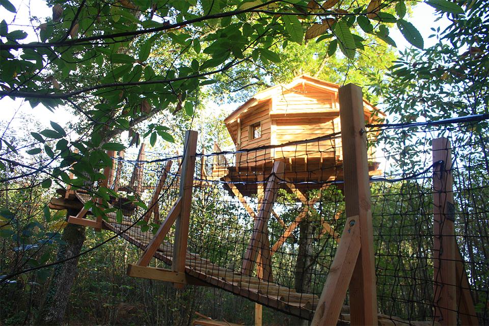 Vue d'ensemble de la cabane du Funambule
