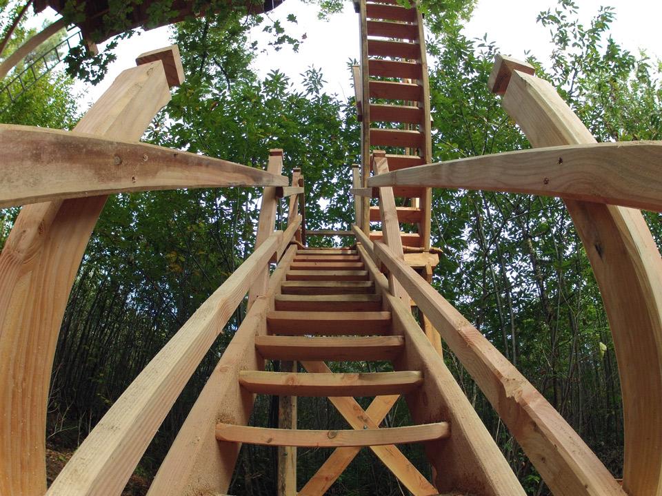 Vue de l'escalier bois de la cabane Escalier