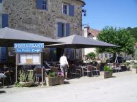 La terrasse de La perla Café